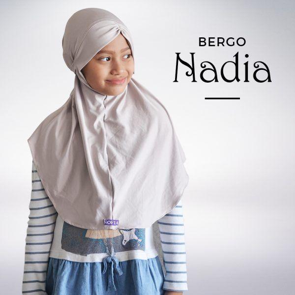 Jilbab anak sekolah nadia